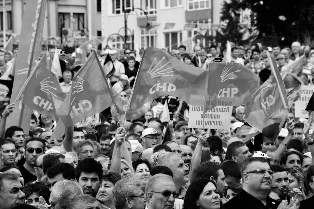 CHP: Seçmenlerini Örgütleyemeyen Parti