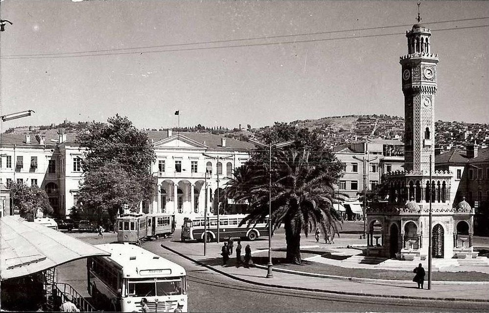 Dünden Bugüne Bir Siyasal Kale İddiası Olarak İzmir